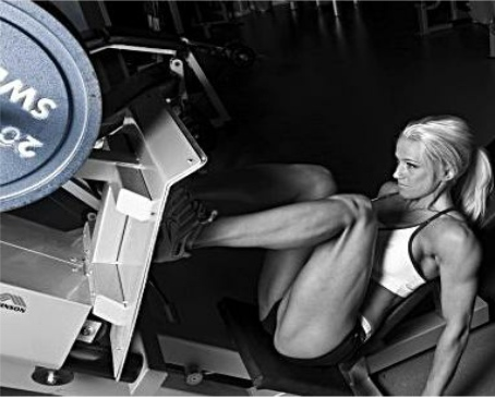 Female angled leg press